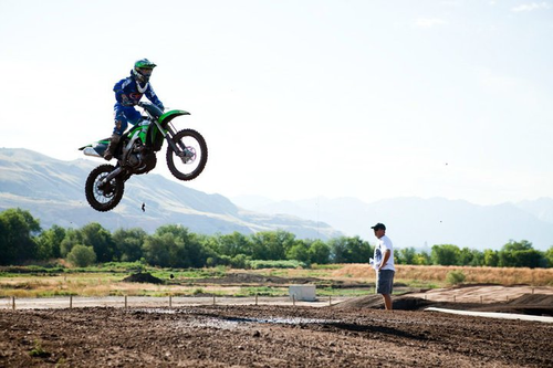 Throttle 215 Mx Park