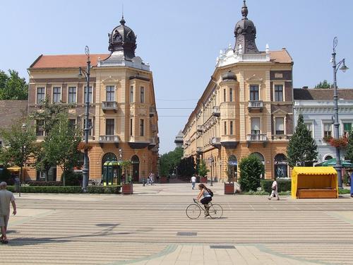Debrecen, Hungary - Arrival: 19/08, Depature: 25/08