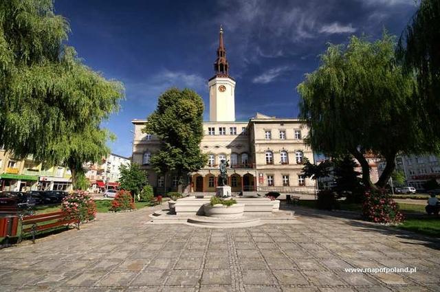 Стшельце-Опольске, Польша